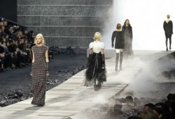 CHANEL - Fall / Winter 2011-2012