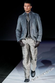 Giorgio Armani - Fall Winter 2011/2012